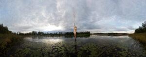 KÄÄNNA JUURI III. Fotografía y retoque digital. Lago Mustajarvi, Hämeenkyrö, Finlandia thumb