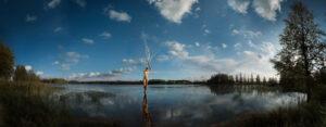 KÄÄNNA JUURI VI. Fotografía y retoque digital. Lago Heinijarvi, Hämeenkyrö, Finlandia thumb